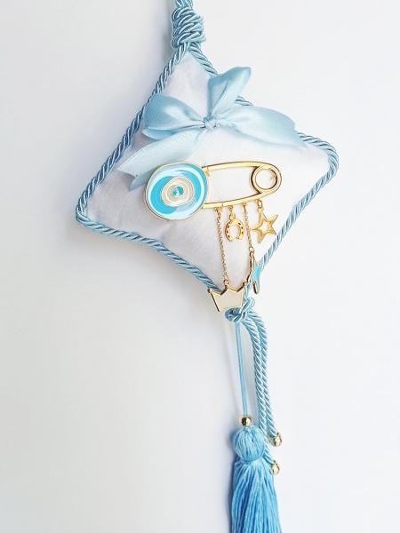 Δώρο για νεογέννητο γούρι μαξιλάρι σιέλ με παραμάνα μάτι
